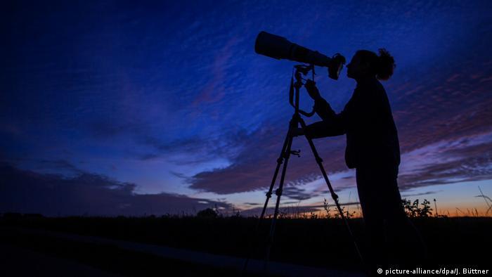 Deutschland Sternschnuppen Beobachtung am Nachthimmel
