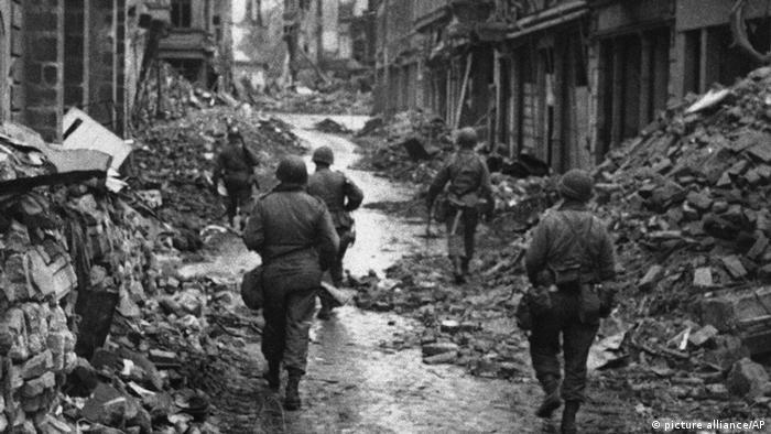 La ciudad de Bonn en ruinas, 1945.
