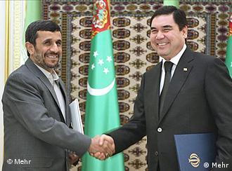 احمدینژاد در ترکمنستان