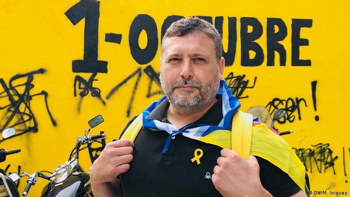 Protester Juan Ragel at a demonstration in Barcelona (DW/M. Iniguez)