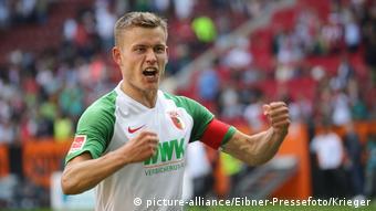 Fussball-Bundesliga - FC Augsburg vs. Eintracht Frankfurt