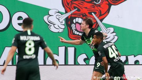 Deutschland RB Leipzig gegen VfL Wolfsburg | Tor Wout Weghorst (picture-alliance/dpa/J. Woitas)