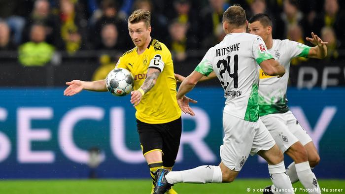 Bundesliga Borussia Dortmund v Borussia Mönchengladbach (picture-alliance/AP Photo/M. Meissner)