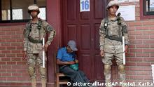 Bolivien | Militärpolizeieinheiten bewachen ein Wahllokal