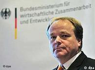 Entwicklungshilfeminister Dirk Niebel (Archivfoto: dpa)