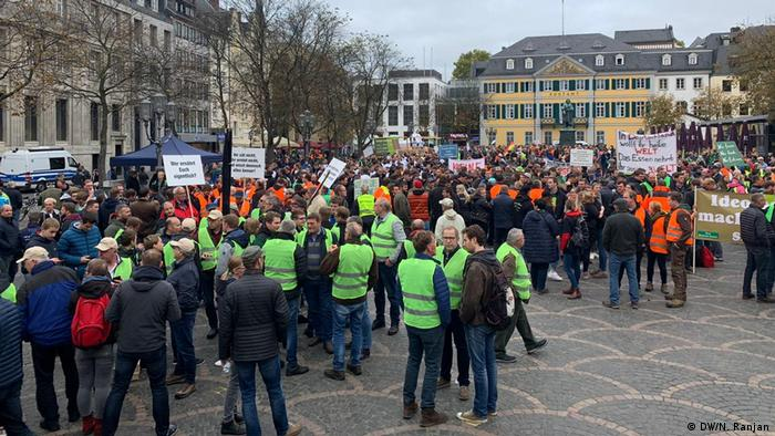 Protesters gather in Bonn