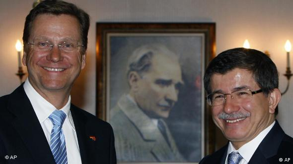Germany's Foreign Minister Guido Westerwelle and his Turkish counterpart Ahmet Davutoglu in Ankara