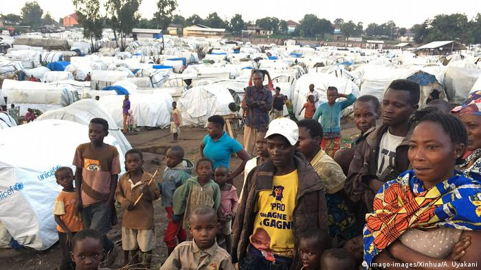 Displaced people in a refugee camp in the Ituri province of DR Congo (imago-images/Xinhua/A. Uyakani)