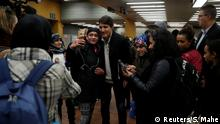 Kanada Quebec | Justin Trudeau Selfies in der Metro in Montreal