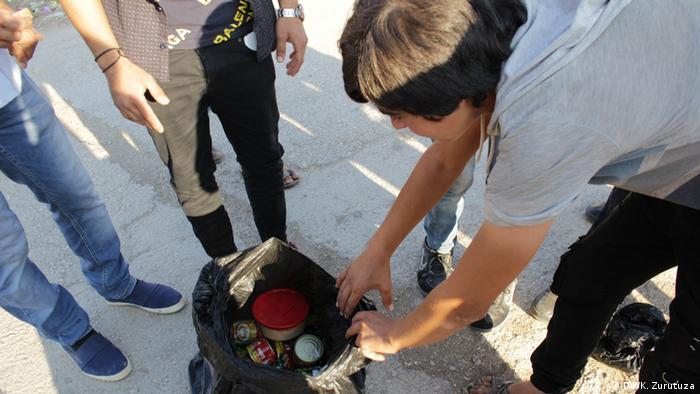 Гуманитарная помощь для беженцев в Телль-Тамере