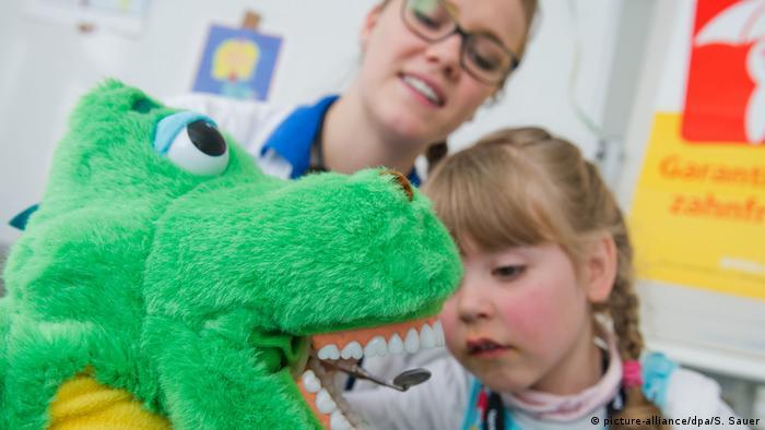 Клініка плюшевих ведмедиків у Грайфсвальді - на прийомі в зубного лікаря