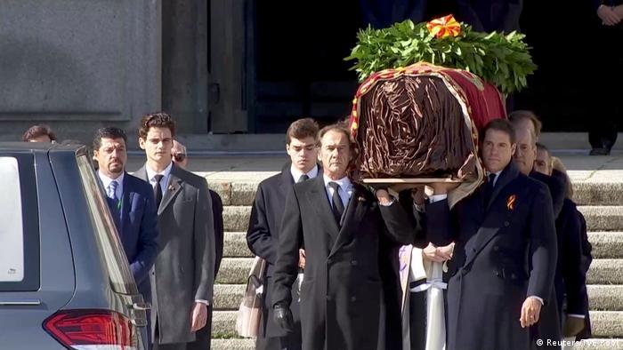 Spanien Valle de los Caídos | Exhuminierung von Francisco Franco (Reuters/TVE Pool)