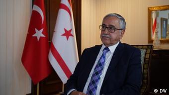Ο Τουρκοκύπριος ηγέτης Μουσταφά Ακιντζί