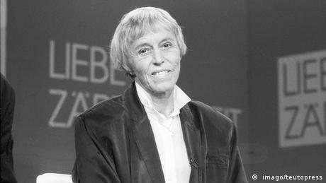 Schwarz-weiß Porträt von Beate Uhse (Foto: Gründerin Beate Uhse AG) ( imago/teutopress).