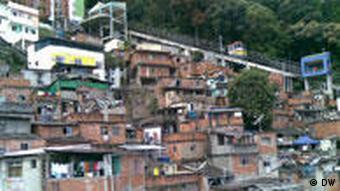 Blick auf die Favela Santa Marta (Foto: Vivian Mannheimer)