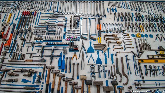 An array of mechanical tools