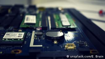 Όσο πιο περίπλοκη είναι η τεχνολογία μιας συσκευής, τόσο πιο δύσκολο είναι να εντοπίσεις ποια τμήματά της είναι κατεστραμμένα