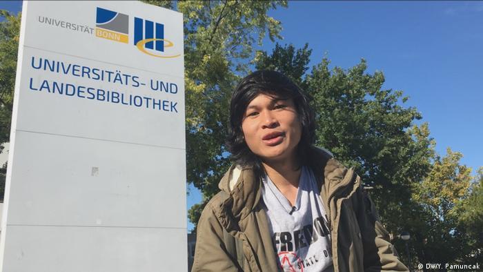 Reportage anonymer Philosophie-Student aus Indonesien in Bonn (DW/Y. Pamuncak)