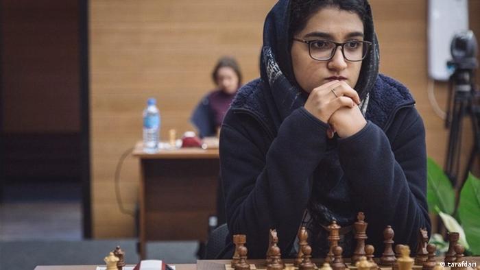 Iran Mobina Alinassab, Schach-Vizeweltmeisterin U20 (tarafdari)