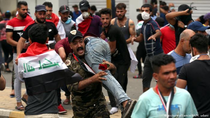 Irak Proteste gegen die Regierung (picture-alliance/AA/M. udani)
