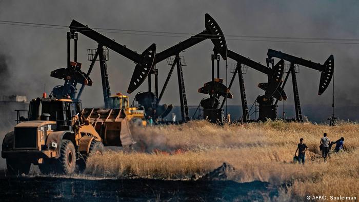 Oil fields in Syria near Turkey's border (AFP/D. Souleiman)