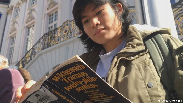 Deutschland   Philosophiestudent in Bonn (DW/Y. Pamuncak)