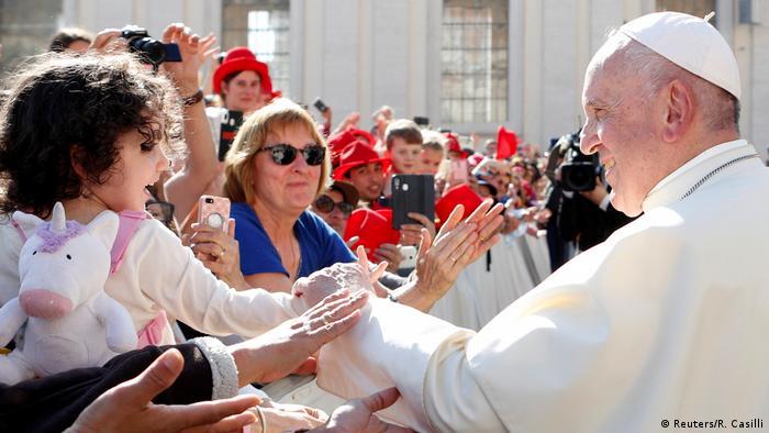 Papst Franziskus hält wöchentliche Audienz im Vatikan (Reuters/R. Casilli)