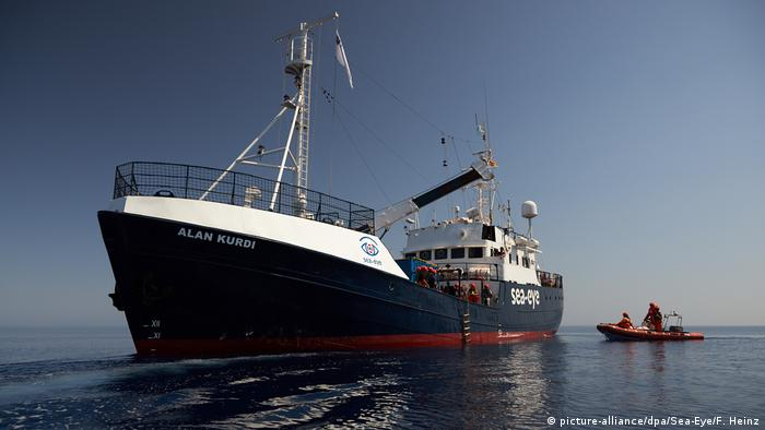 Seenotrettung im Mittelmeer - «Alan Kurdi» (picture-alliance/dpa/Sea-Eye/F. Heinz)