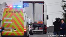 Großbritannien Grays 39 Tote in LKW-Container entdeckt