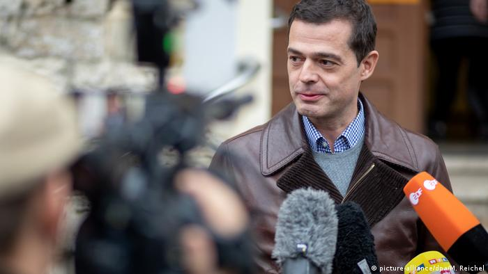 CDU'nun başbakan adayı Mohring, Sol Parti ile koalisyonu reddediyor.