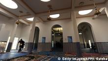 فرنسا تعتزم تشديد المراقبة على المساجد (صورة من الأرشيف)