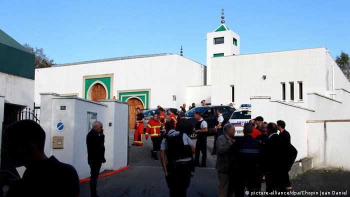 Frankreich Anschlag auf Moschee in Bayonne