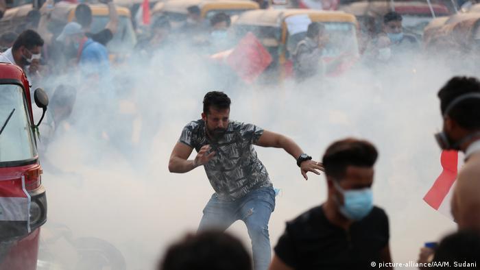 Irak Baghdad Proteste gegen die Regierung (picture-alliance/AA/M. Sudani)