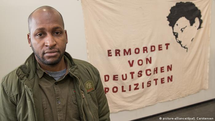 Deutschland Berlin Pressekonferenz Initiative in Gedenken an Oury Jalloh | Saliou Diallo