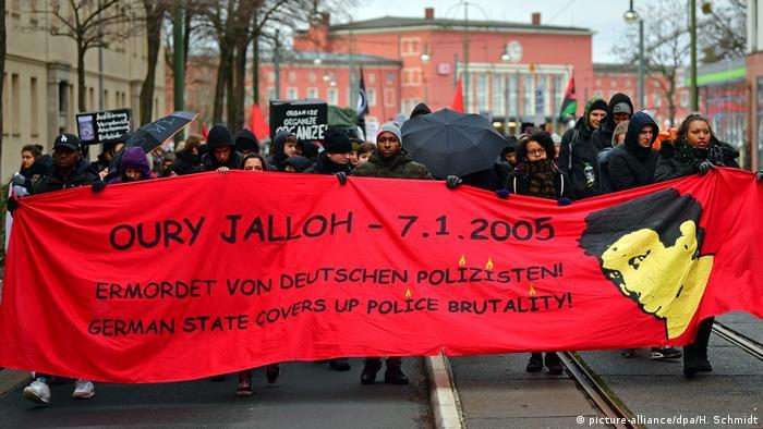 Deutschland Gedenken an Oury Jalloh in Dessau