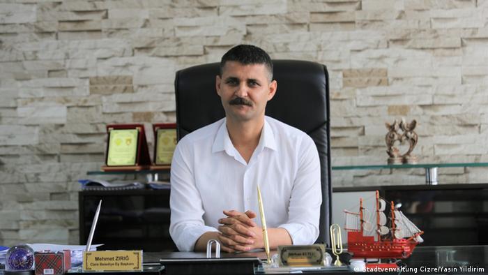 Görevden alınan seçilmiş Belediye Başkanı Mehmet Zırığ