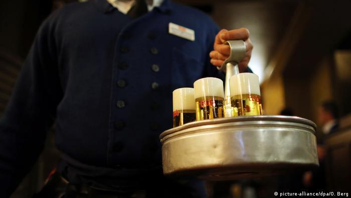 Kölsch Kellner Köbes Kölsch Getränke Alkohol Drogen
