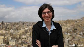 """Speaker   """"Befreit die Information – Wie Zugang zu Information die Gesellschaft verändert""""   Aya Ibrahim"""