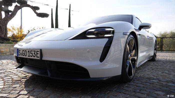 Motor mobil, drive it, al volante Porsche Taycan