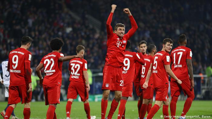 German Cup Late Thomas M ller Strike Rescues Bayern Munich In Bochum Sports German Football And Major International Sports News DW