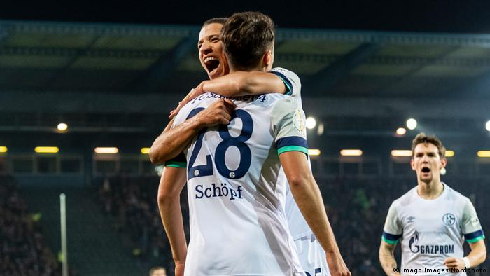 Schalke celebrate their opener (Imago Images/Nordphoto)