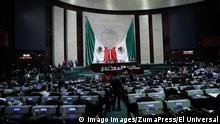 October 15, 2019: EUM20191015POL05.JPG.CIUDAD DE MEXICO, DeputiesDiputados-Sesion.- Aspectos de la sesion ordinaria de la Camara de Diputados que tuvo lugar la tarde de este 15 de octubre de 2019. Foto: Agencia EL UNIVERSALAFBV October 15, 2019 EUM20191015POL05 JPG CITY OF MEXICO, DeputiesDeputies Session Aspects of the ordinary session of the Chamber of Deputies that took place on the afternoon of this October 15, 2019 Photo Agency EL UNIVERSALAFBV PUBLICATIONxINxGERxSUIxAUTxONLY - ZUMAu78 20191015zafu78048 Copyright: xElxUniversalx