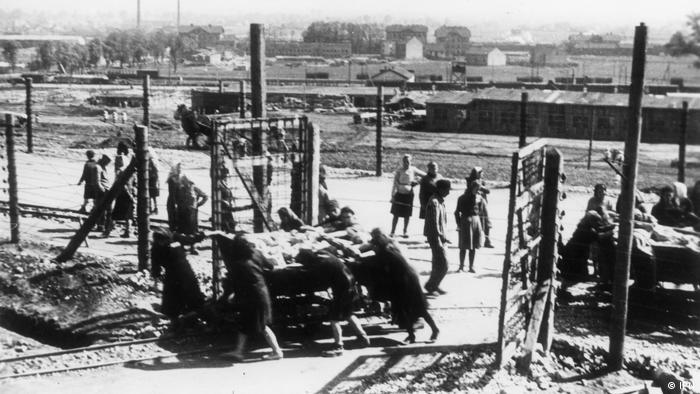 Jesienią 1942 r. Niemcy przystępują do budowy obozu pracy przymusowej w Płaszowie