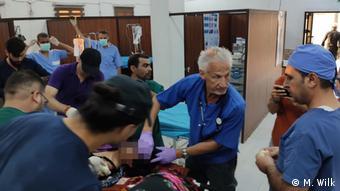 Михаэль Вильк в сирийском госпитале