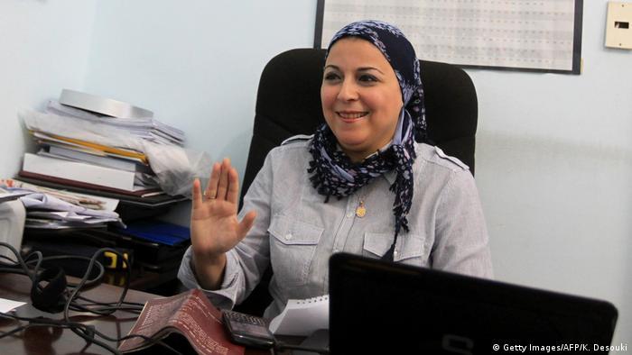 تم الإفراج عن الناشطة إسراء عبد الفتاح بعد 22 شهراً أمضتها في الحبس الاحتياطي دون محاكمة