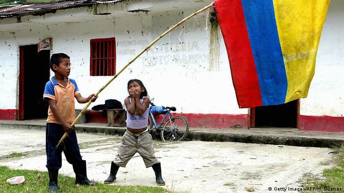 Niños de la etnia Paez, en el occidente del país.