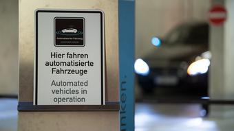 Deutschland Stuttgart vollautonomes Parkhaus | Kooperation Bosch & Mercedes-Benz