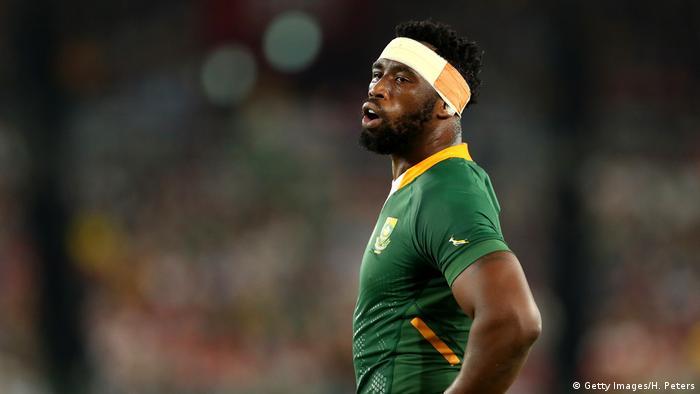 Siya Kolisi, capitaine de l'Afrique du Sud lors de la demi-finale de la Coupe du Monde de Rugby 2019 entre le Pays de Galles et l'Afrique du Sud