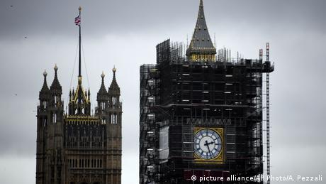 Ακριβές υποσχέσεις στον βρετανικό προεκλογικό αγώνα