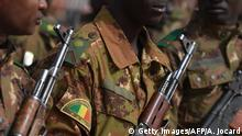 Mali Symbolbild Armee | Operation Barkane - Stützpunkt